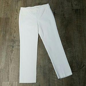 Attyre White Pants